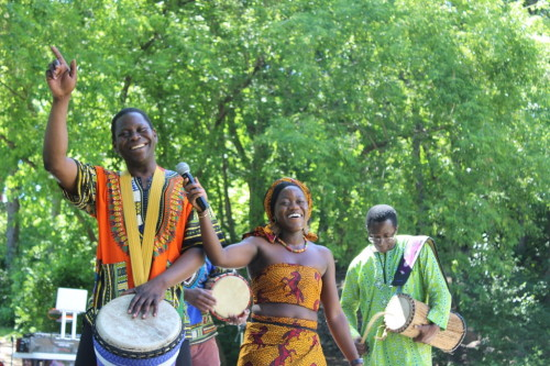African drummers and dancers