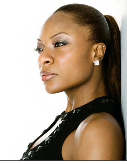 Singer Jully Black