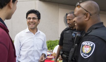 Ottawa Centre MPP Yasir Naqvi chats with OPS officers