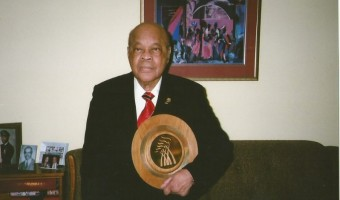 trinidad-and-tobago-50th-annniversaty-national-icon-award